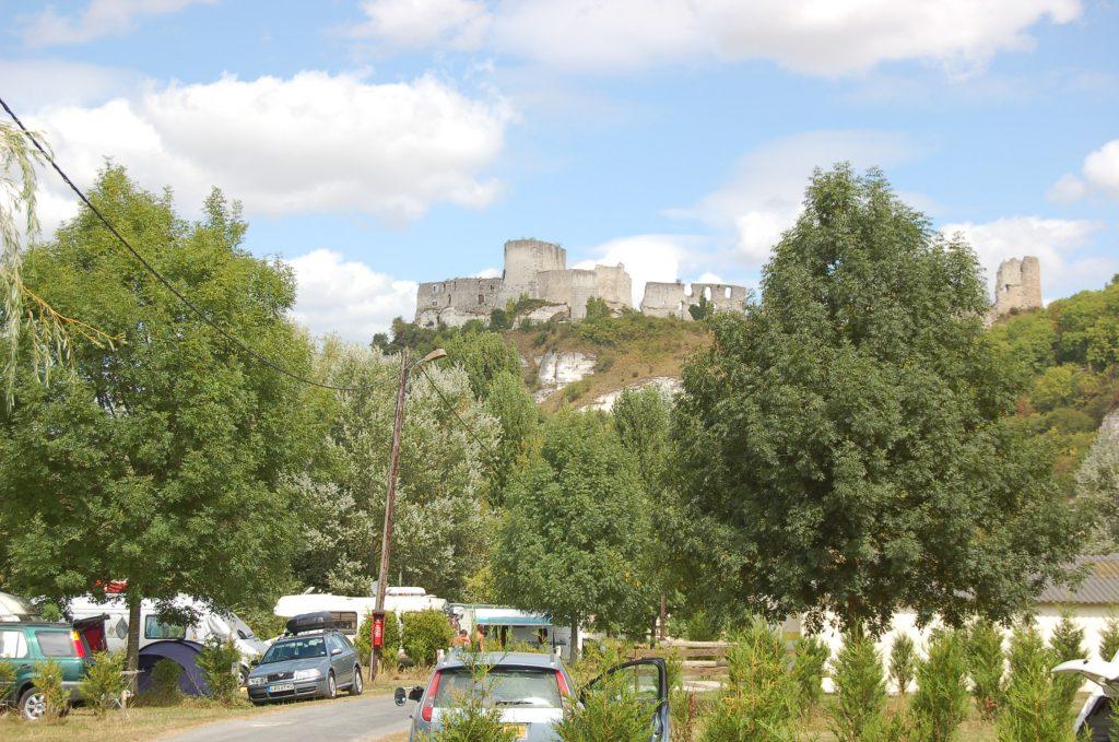 Camping avec vue sur château
