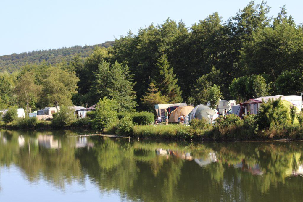 emplacement caravane bord de l'eau