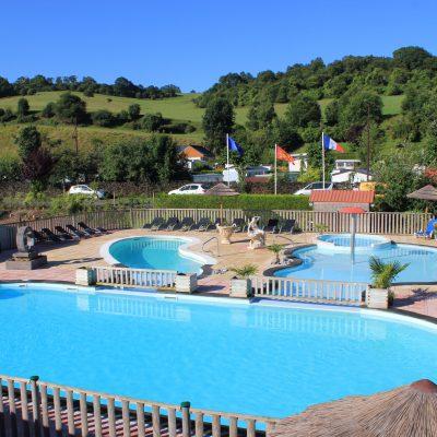 Camping avec complexe de 3 piscines