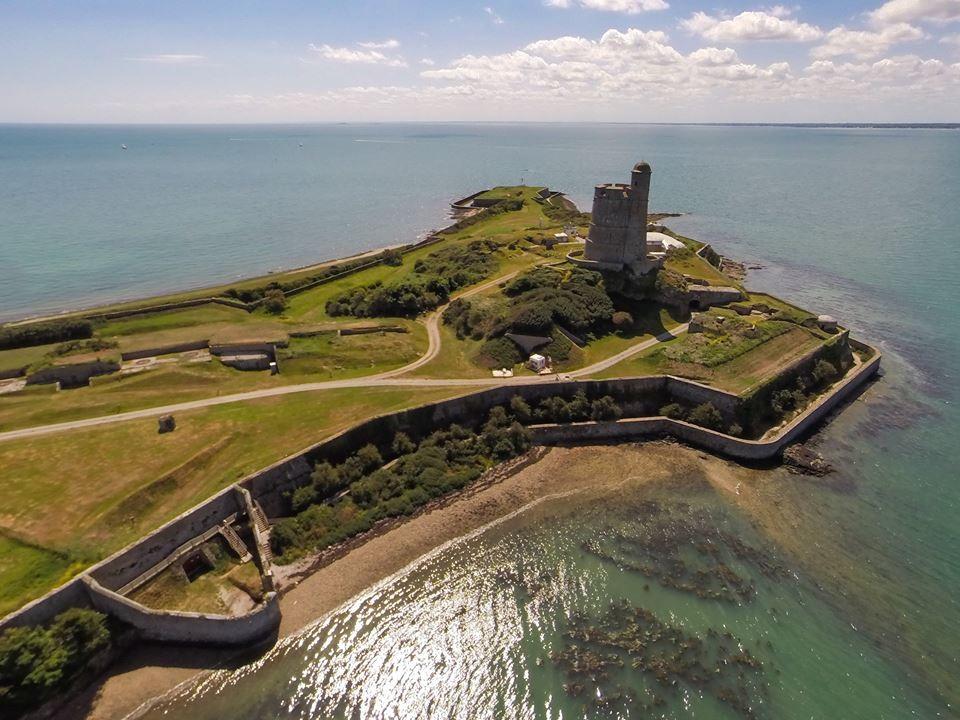 Cotentin, phare Saint vaast la hougue