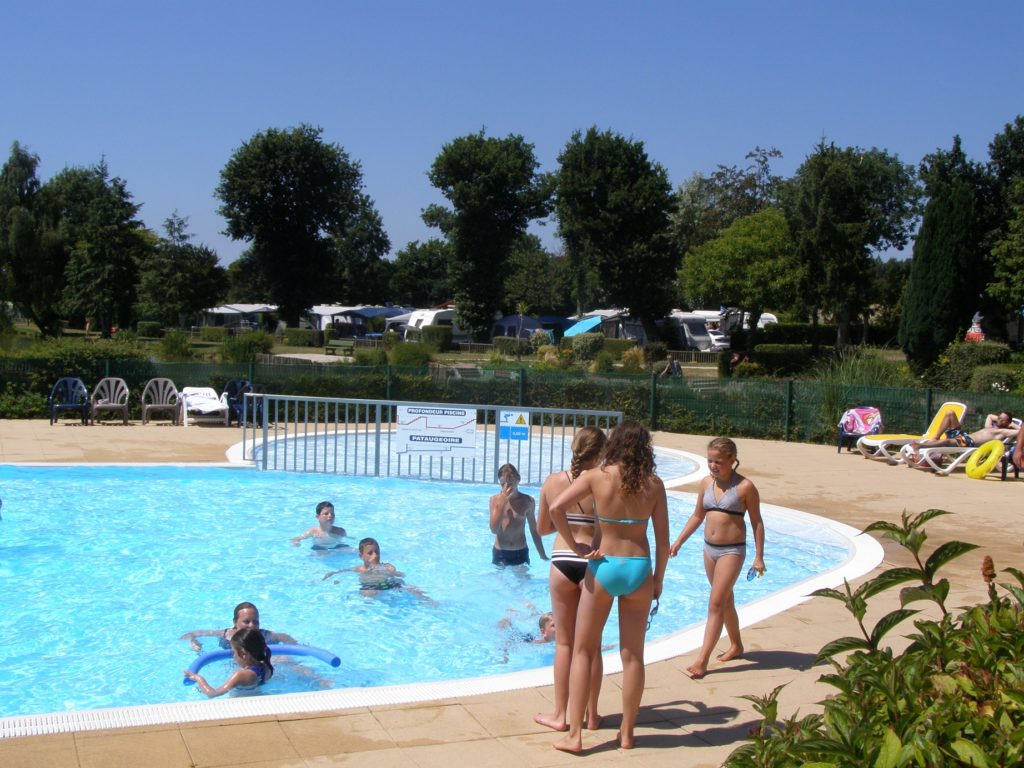 vacances en camping avec piscine normandie