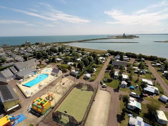 camping avec piscine bord de mer