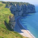 la-normandie-destination-2020-de-vacances-dete-des-francais-episode-4-les-pieds-
