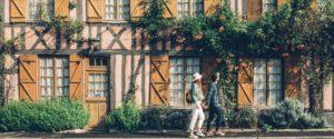 couple touriste maison normande